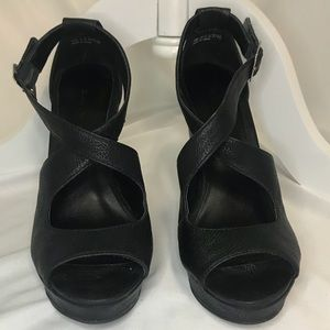Chinese Laundry Milani Black Leather wedge sandals